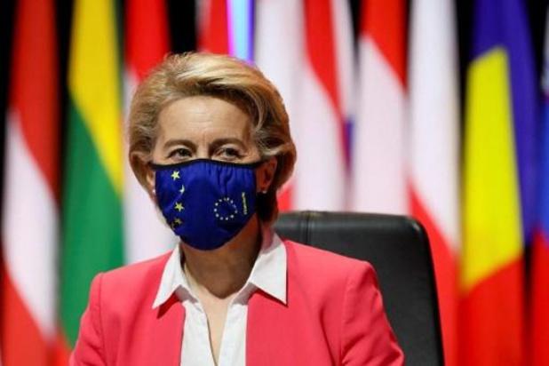 Europese Commissie bestelt nog eens 900 miljoen Pfizer/BioNtech-vaccins