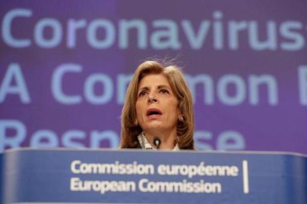 Europese Commissie wil drie nieuwe COVID-medicijnen tegen oktober
