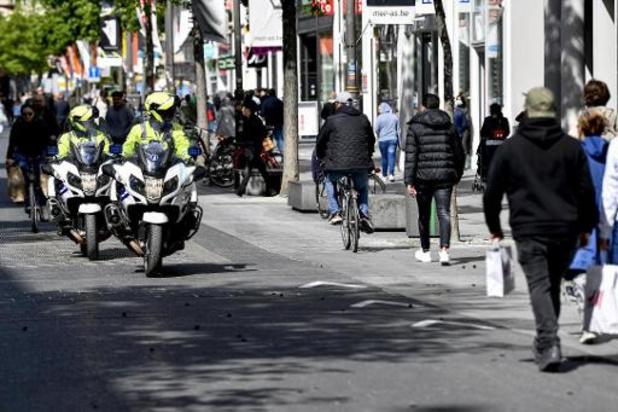 Geen grote drukte in Antwerpse winkelstraten