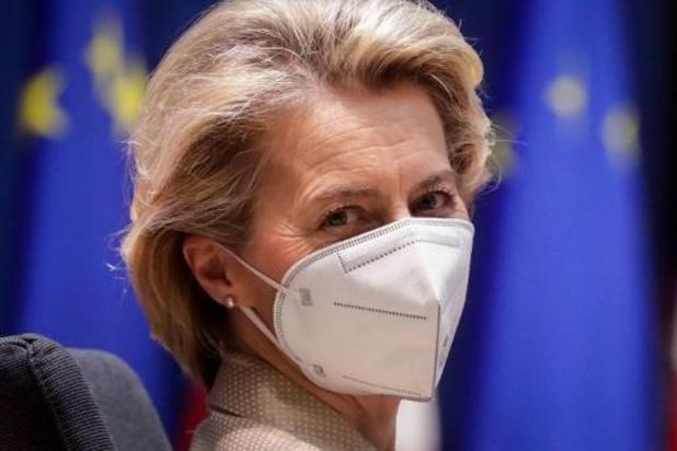 Europese Commissie scherpt exportcontroles vaccins aan