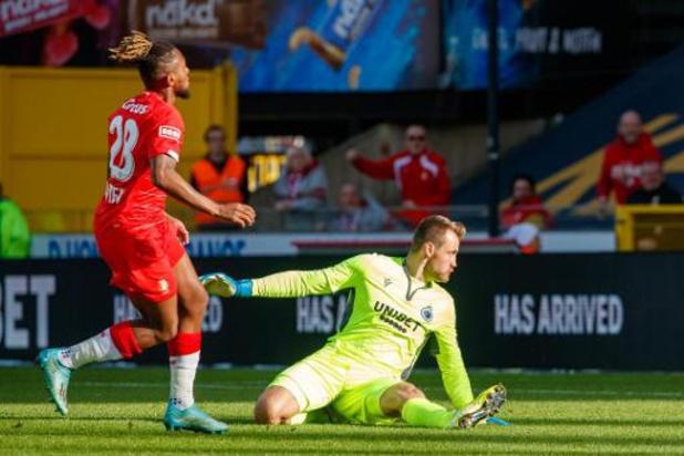 Statu quo au sommet du classement après le match-nul, 1-1, entre Bruges et le Standard