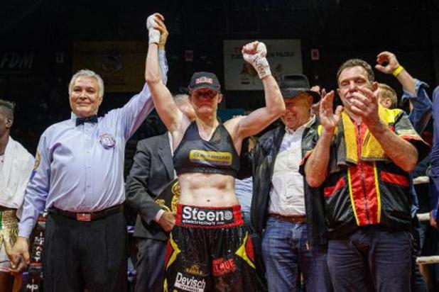 Dix boxeurs sélectionnés pour les qualifications olympiques, dont Delphine Persoon