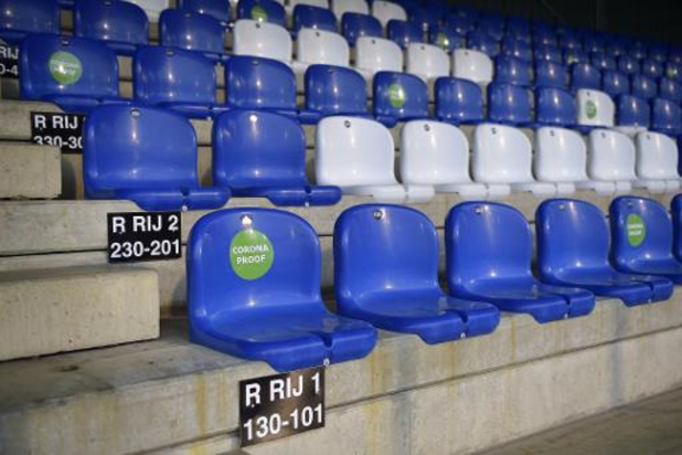 """La Pro League """"convaincue que les clubs sont prêts à ramener les fans dans les stades"""""""
