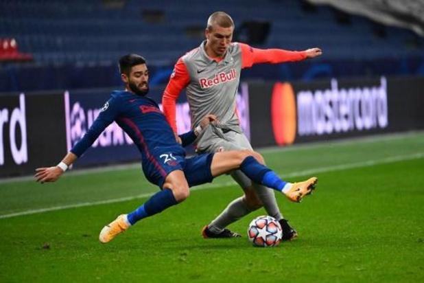 Belgen in het buitenland - Atletico, met scorende Carrasco, klopt Salzburg en stoot door naar achtste finales CL