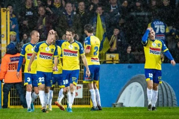 Proximus League - Lokeren gaat opnieuw pijnlijk onderuit in eigen huis, Westerlo wint met 0-4