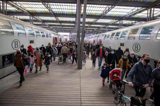 La SNCB a prévu 10 trains en stand-by en plusieurs endroits stratégiques pour le week-end