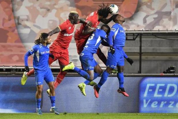 Jupiler Pro League - Inhaalwedstrijd tussen Antwerp en Genk levert geen winnaar op