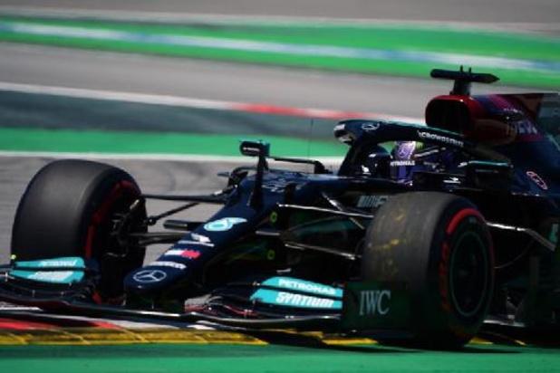 Lewis Hamilton décroche à Barcelone la 100e pole position de sa carrière