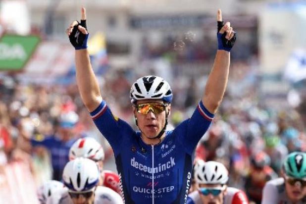 Jakobsen boekt 2e ritzege in Vuelta, Roglic blijft leider