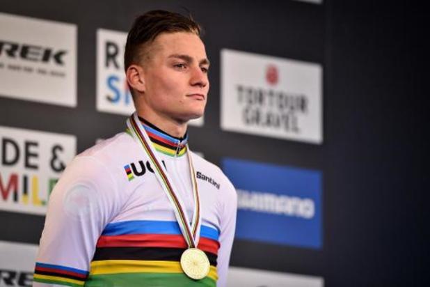 """Mondiaux de cyclocross - Mathieu van der Poel avait """"des ailes"""" et salue sa """"course parfaite"""""""