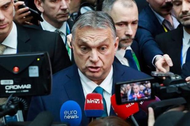 """Viktor Orban obtient des pouvoirs quasi illimités grâce à une """"loi coronavirus"""""""