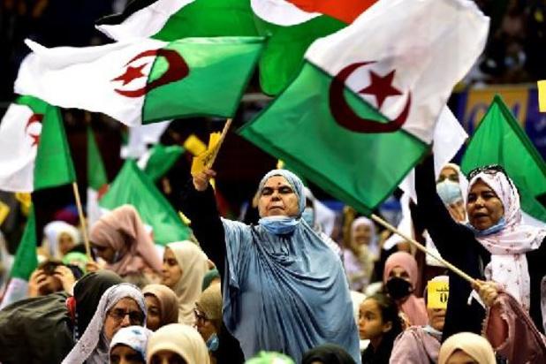 Algérie/élections: fin d'une campagne sans public, la participation principal enjeu