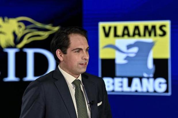 """Veroordeling vier leden Voorpost: Vlaams Belang start mailcampagne """"Stop censuur"""" naar justitieminister Van Quickenborne"""