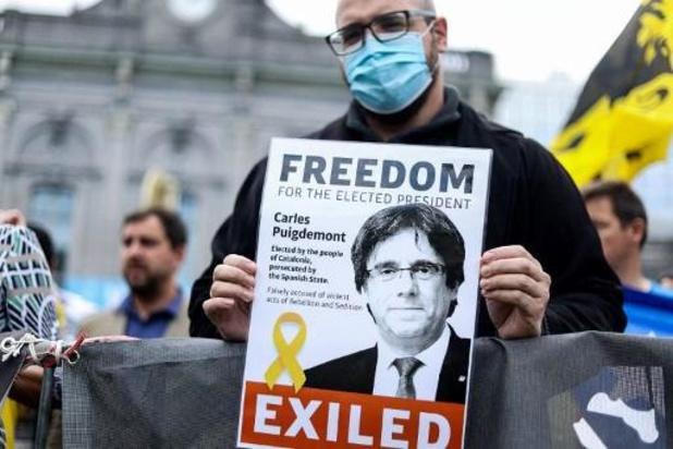 Le Catalan Carles Puigdemont sorti de prison et autorisé à quitter l'Italie