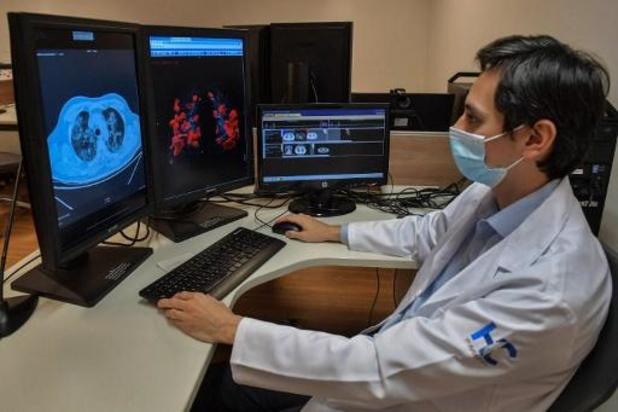Greffe pulmonaire sur un patient Covid-19, une première en France, selon l'hôpital Foch