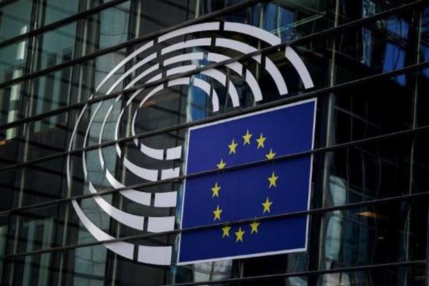 Europees Parlement wil gratis testen voor coronacertificaat