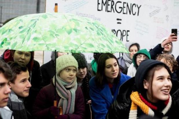Greta Thunberg protesteert een eerste keer samen met Europese klimaatjongeren