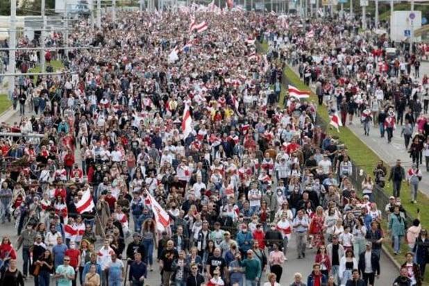 Protesten Wit-Rusland: Bijna 900 arrestaties bij massaprotesten tegen Loekasjenko dit weekend