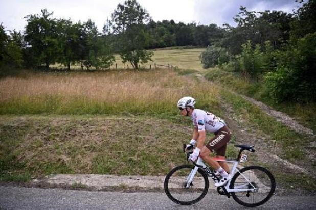 Benoît Cosnefroy règle Julian Alaphilippe au sprint de la Bretagne Classic cycliste