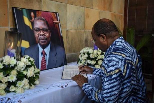 Tanzanie: le président défunt Mkapa était soigné pour un paludisme