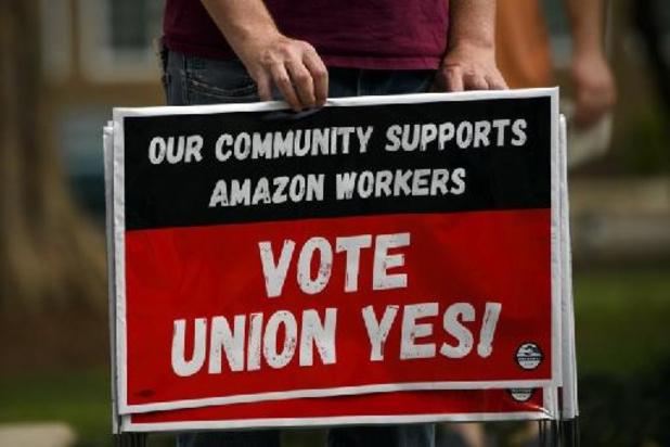 Le vote historique sur un éventuel 1er syndicat américain d'Amazon se conclut