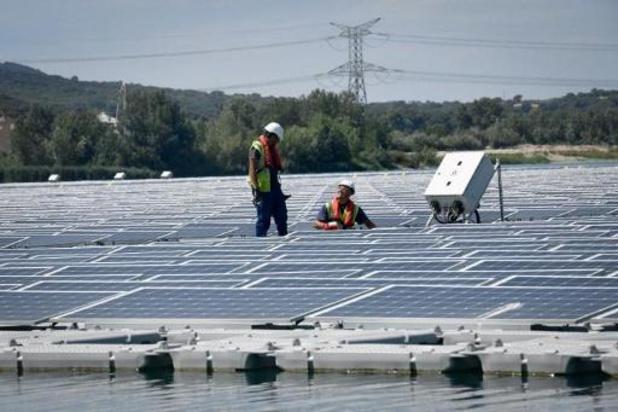 Le projet d'implantation de 58.000 panneaux photovoltaïques à Anhée abandonné