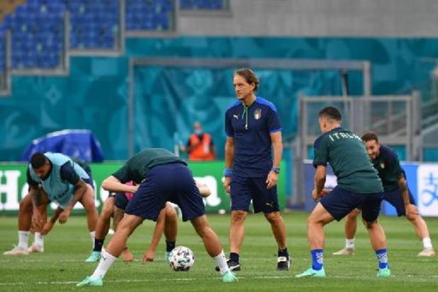 """L'Italie doit penser """"au travail et à s'amuser"""", selon le sélectionneur Roberto Mancini"""