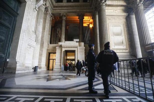 """Les """"hébergeurs"""" de migrants sont acquittés"""