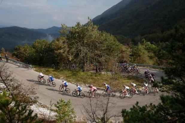 Tour d'Italie: Tao Geoghegan Hart enlève la 15e étape, Joao Almeida reste leader