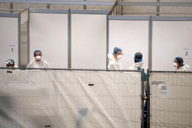 Meer dan negentig nieuwe sterfgevallen in Nederland