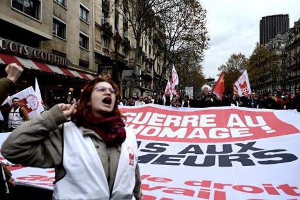 ALGEMENE STAKING FRANKRIJK - Macron vergadert zondagavond met ministers over pensioenen