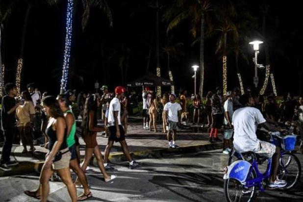Face aux hordes de fêtards, Miami Beach sous couvre-feu