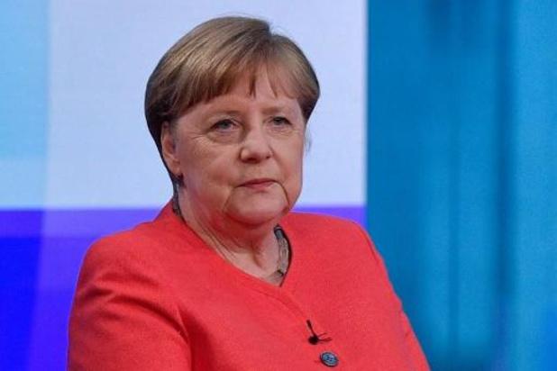 """Angela Merkel, toujours populaire après 14 ans, exclut """"fermement"""" un cinquième mandat"""