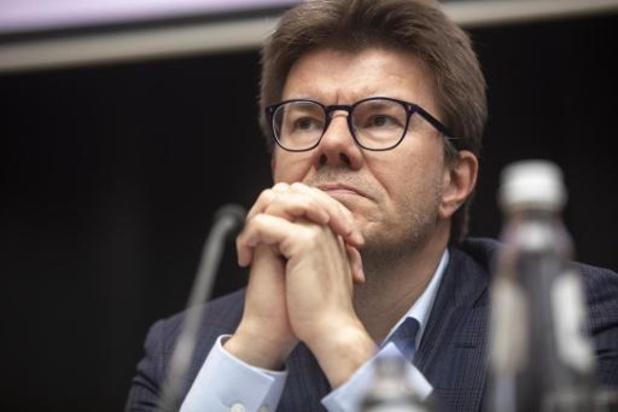 Geweld tegen agenten in Anderlecht: Brussels minister Gatz pleit voor nultolerantie