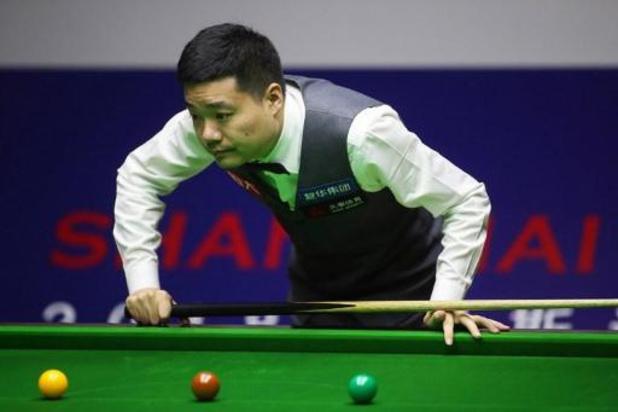 UK Championship snooker - Ding Junhui eerste finalist na 6-2 winst tegen landgenoot Yan Bingtao