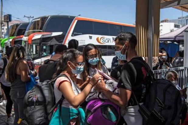 Zeker twintig doden bij ongeluk met autocar in ravijn in Bolivia