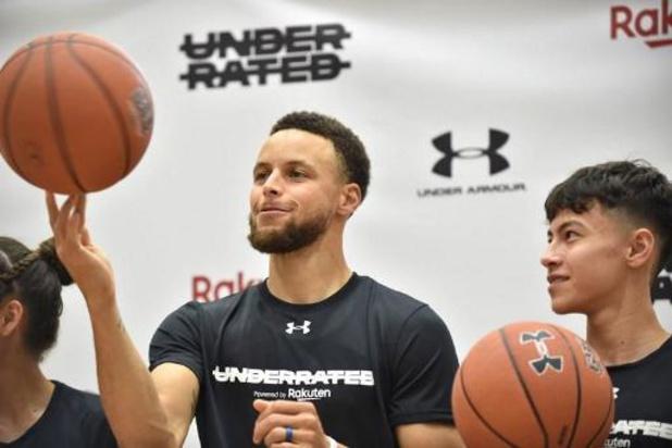 Stephen Curry leidt Golden State naar winst met persoonlijk record