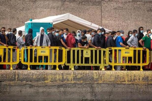 Un nombre record de migrants affluent par bateau aux îles Canaries