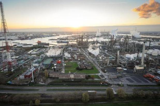 """Le port d'Anvers assure """"la continuité"""" de ses activités"""