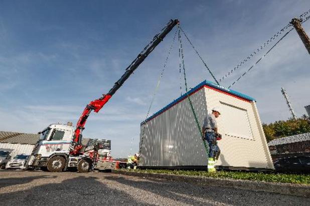 Eerste twee containers voor getroffen zelfstandigen zijn aangekomen in Trooz