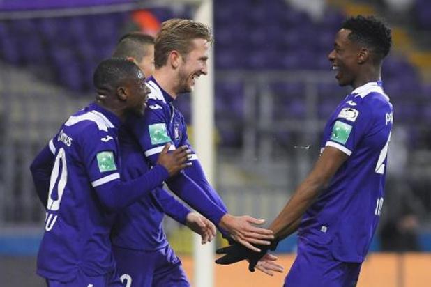 Jupiler Pro League - Anderlecht blijft in de running voor laatste POI-ticket, Cercle Brugge zeker van behoud