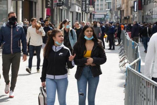 Weekgemiddelde stijgt in Brussels gewest: regering neemt nog geen nieuwe maatregelen