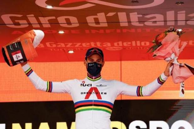 """Tour d'Italie - Filippo Ganna, vainqueur de quatre étapes: """"Je suis quand même un peu fatigué"""""""