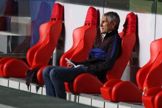 Barcelone licencie son entraîneur Quique Setién après la débâcle en Ligue des Champions