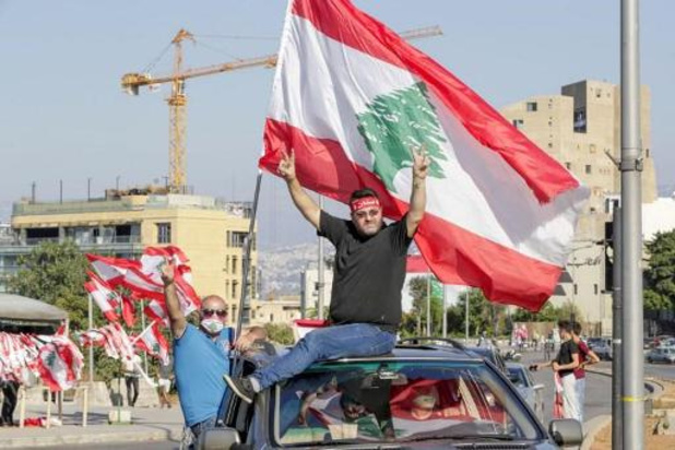 Weer duizenden de straat op in Beiroet