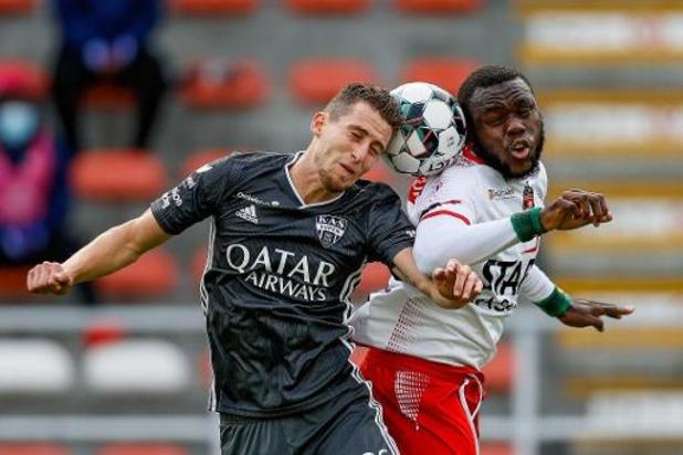 Jupiler Pro League - Eupen meldt positieve coronatest voor Jens Cools