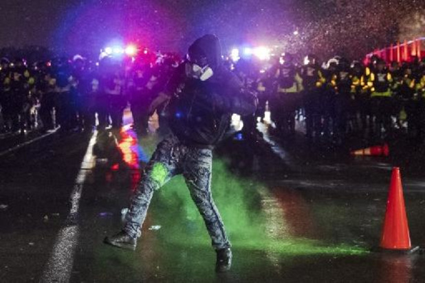 Meer dan zestig arrestaties bij rellen in Minneapolis