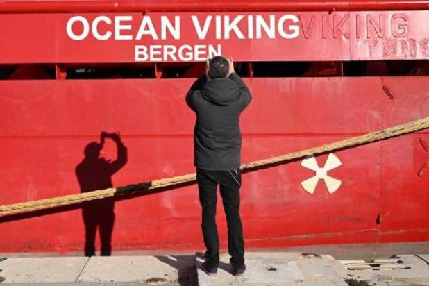 Ocean Viking mag meer dan 420 bootmigranten naar Sicilië brengen