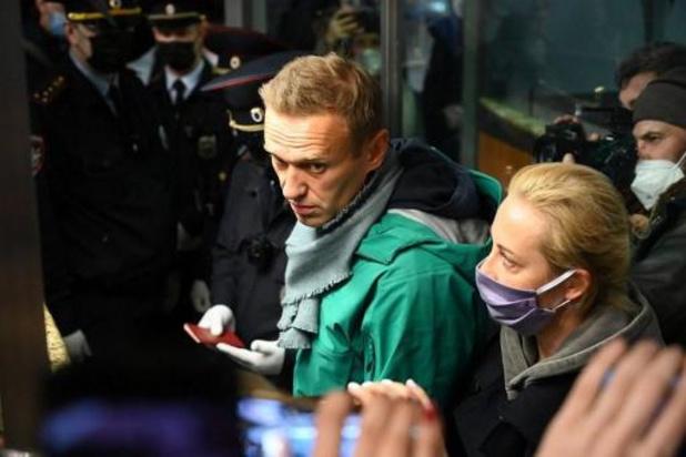 """L'opposant Alexeï Navalny """"devrait être libéré immédiatement"""", plaide Berlin"""