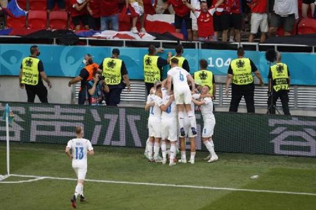 EK 2020 - Tien Nederlanders gaan kopje onder tegen Tsjechië